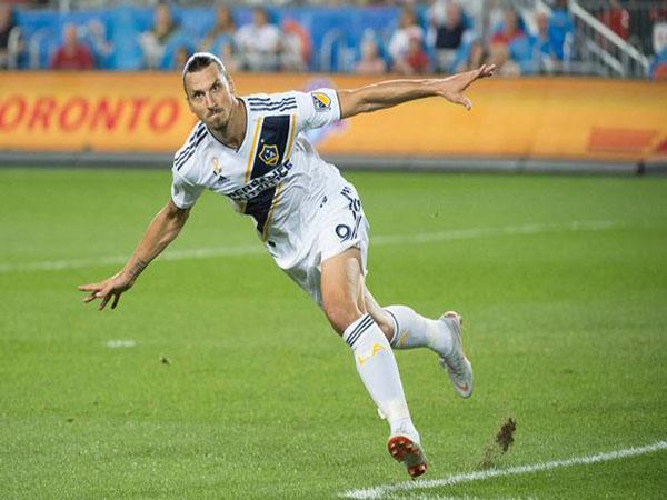 Tin chuyển nhượng 23/10: Real mượng Ibrahimovic