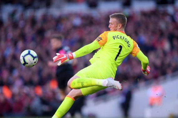 Tin chuyển nhượng 20/11: Man Utd nhắm Pickford thay De Gea