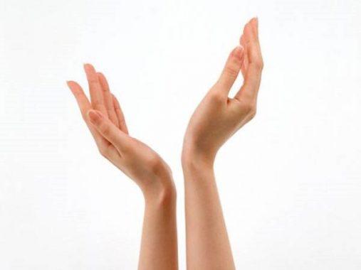 Mơ thấy tay là điềm báo gì, đánh con số nào may mắn?