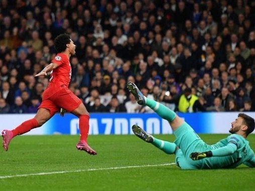 Ghi 4 bàn vào lưới Tottenham, Gnabry nói gì?