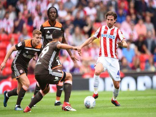 Soi kèo tài xỉu trận đấu Wigan vs Stoke City (1h45 ngày 1/7)