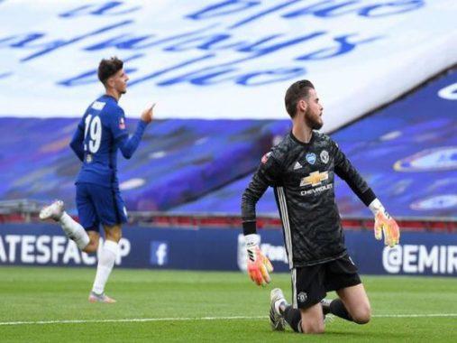 Tin bóng đá chiều 20/7: De Gea không nên được bắt chính bất cứ trận nào nữa