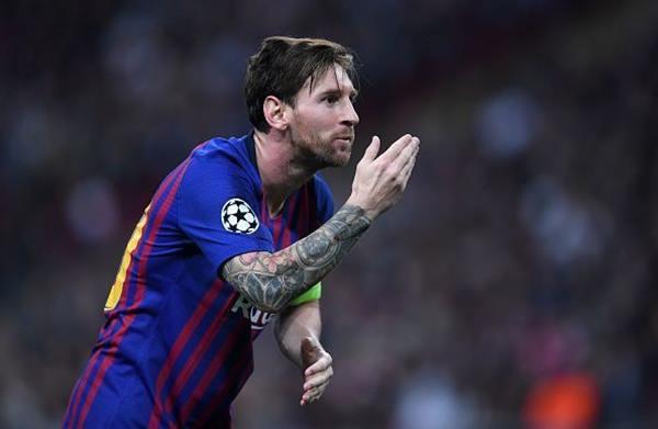 Lionel Messi không dễ rời Barcelona