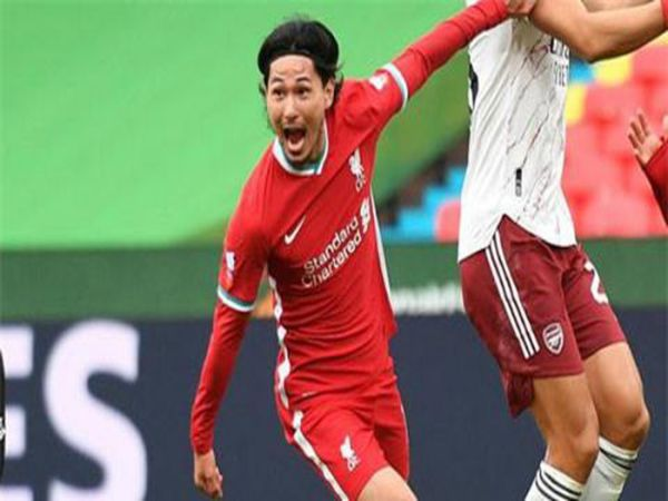 Tin bóng đá trưa 31/8: Minamino và bước tiến dài trong màu áo Liverpool