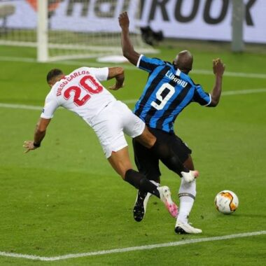 Tin thể thao 11/1: Lukaku lại tấu hài trong trận đấu gặp AS Roma