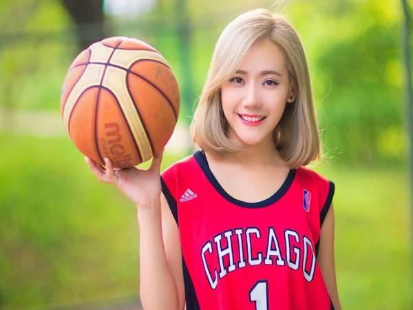 Giải đáp con gái có nên học bóng rổ không chi tiết nhất