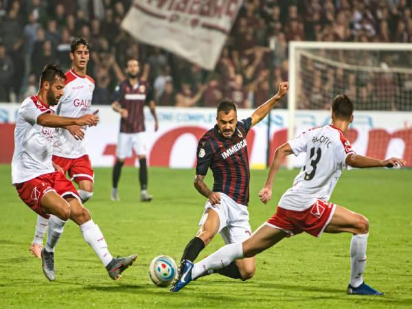 Nhận định, soi kèo Reggiana vs Pescara, 19h ngày 4/5