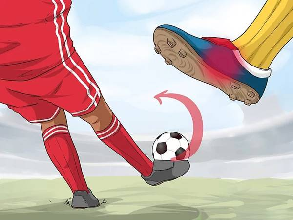 Hướng dẫn cách đá bóng xoáy cơ bản cho người mới chơi