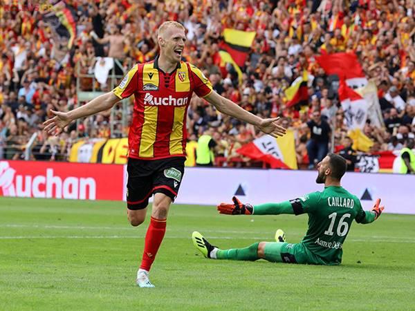 Soi kèo Tài Xỉu trận đấu Lens vs Reims (2h00 ngày 2/10)